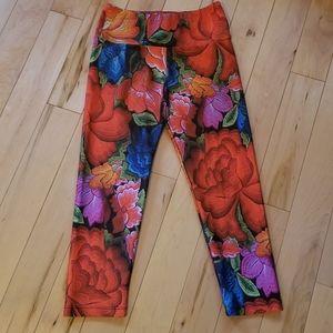 Goldsheep clothing big floral pattern crop legging